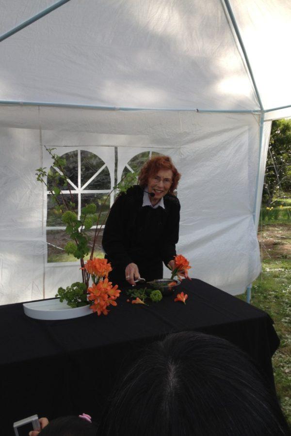 In memory of my Ikebana teacher Theresa Feile